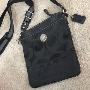 💕 Coach black gray crossbody messenger bag 💕